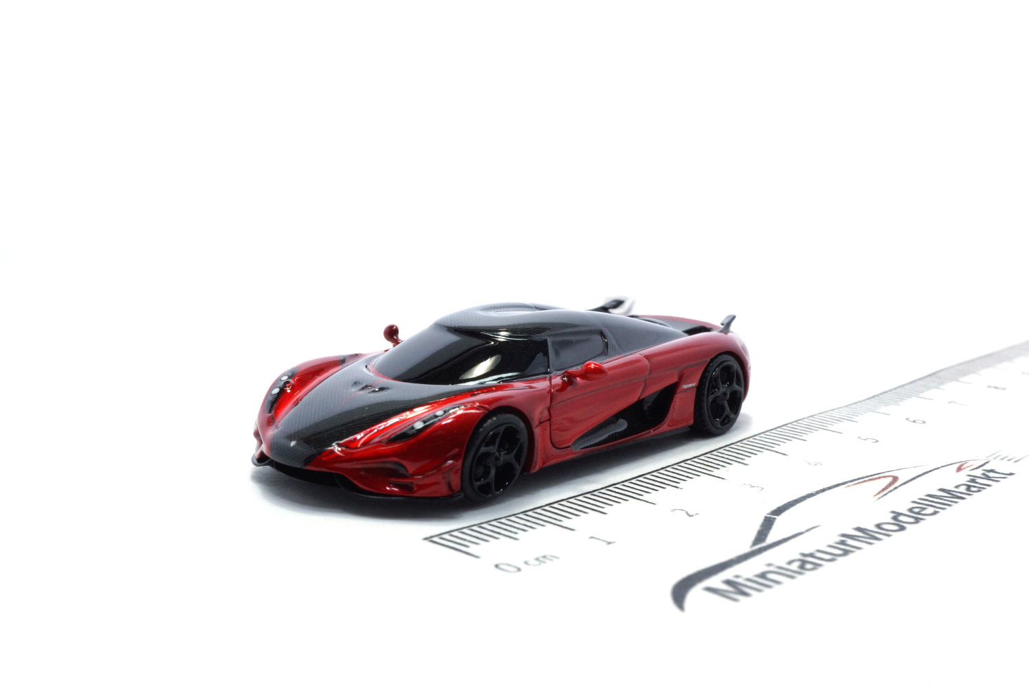 FrontiArt AS031-77 Koenigsegg Regera (Aero Package) - Candy Apple Red 1:87