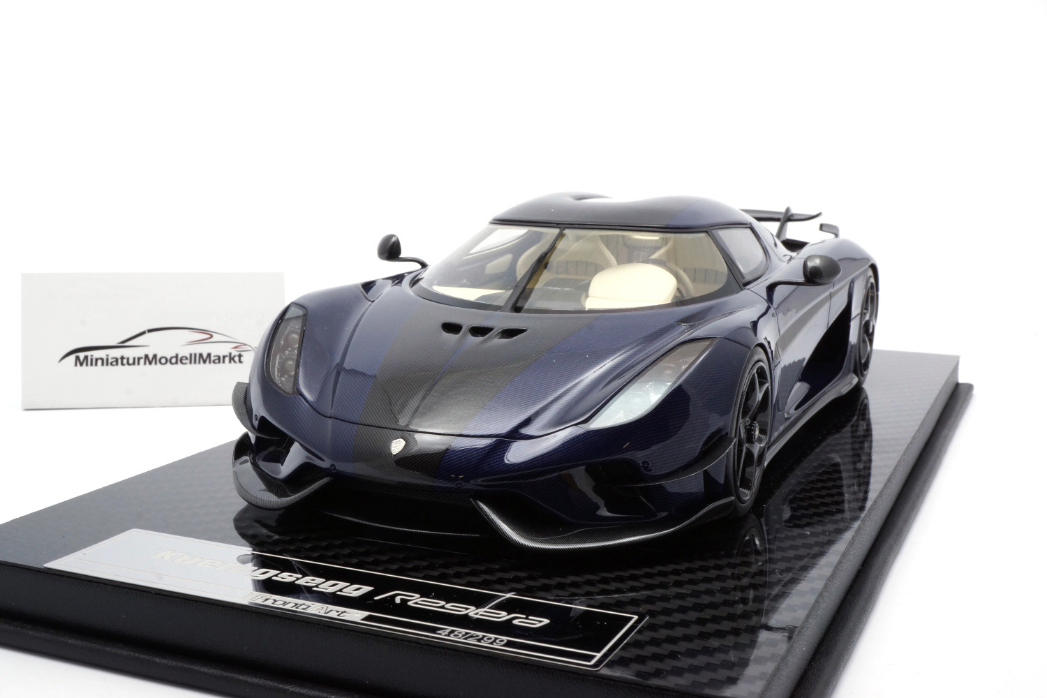 FrontiArt F071-152 Koenigsegg Regera - Carbon Blue Tinted 1:18