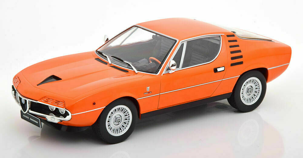 KK-Scale 180383 Alfa Romeo Montreal - orange - 1970 1:18