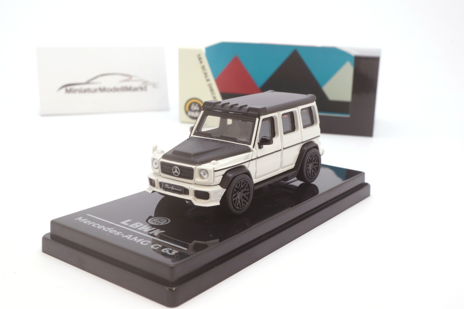 Paragon 55161 Liberty Walk AMG G63 - White 1:64