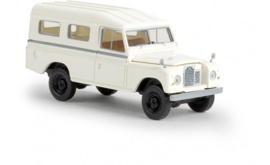 land rover 109 geschlossen wei im ma stab 1 87 von brekina miniaturmodellmarkt. Black Bedroom Furniture Sets. Home Design Ideas